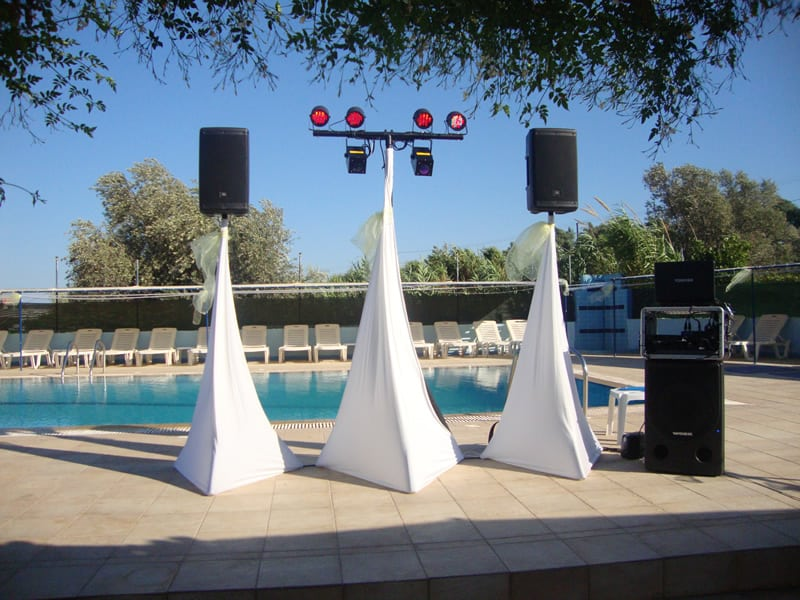 DJ Stand for a wedding by a swimming pool